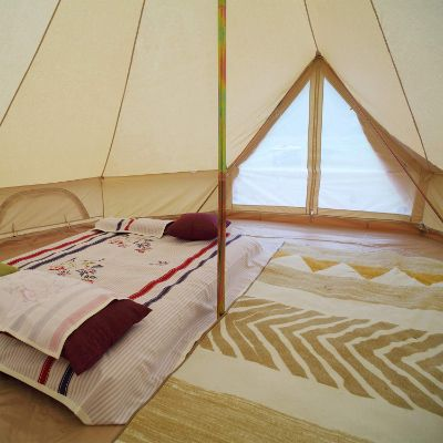 Luxury Outdoor 4-Season Bell Tent Large Cotton Canvas Tent for Camping Hiking Picnic Party